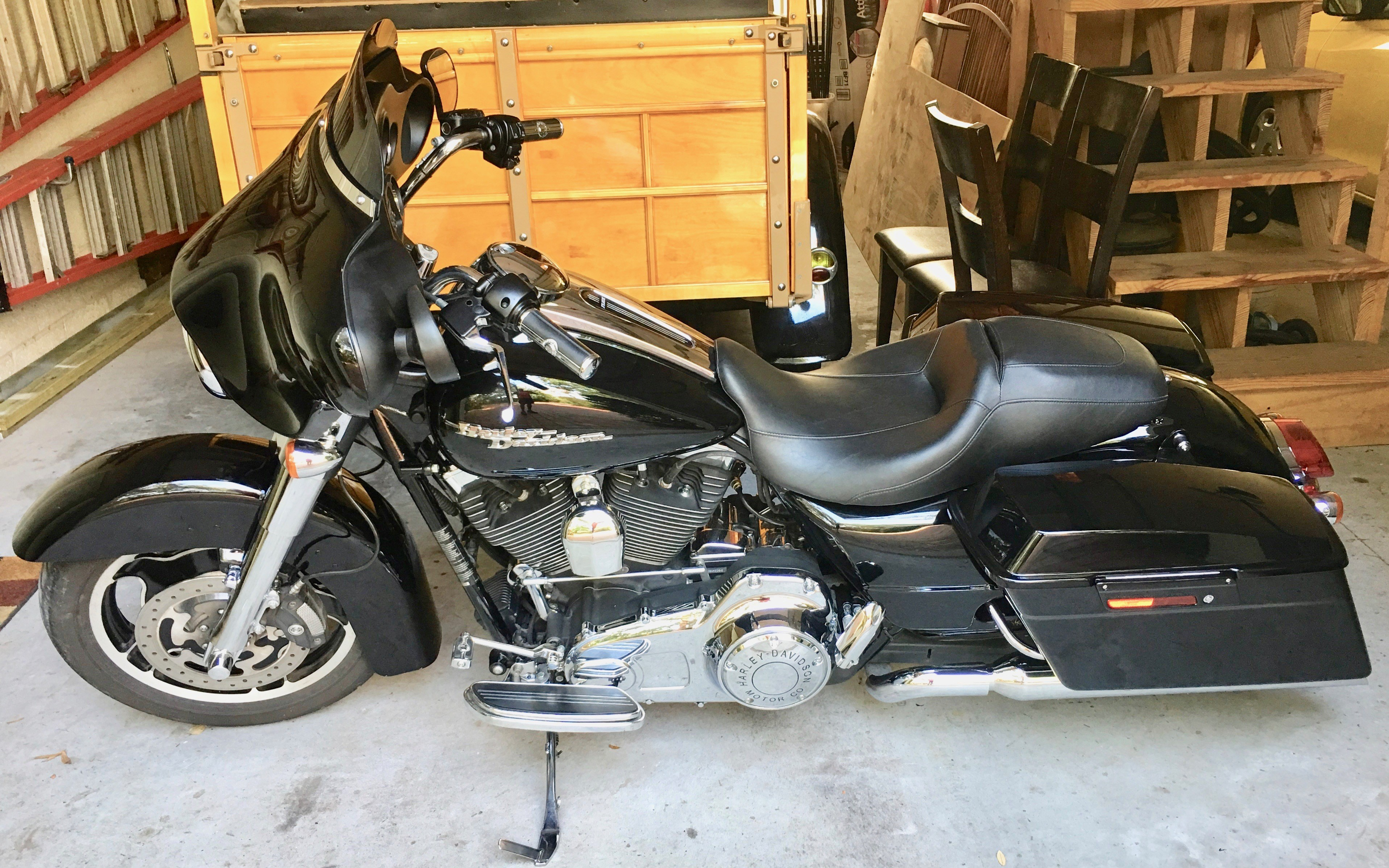all new used harley davidson touring street glide 2 200 bikes page 1. Black Bedroom Furniture Sets. Home Design Ideas
