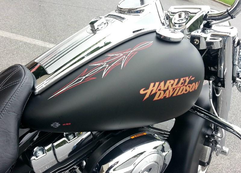 2013 Harley-Davidson® FLHRC/I Road King® Classic (Denium ...