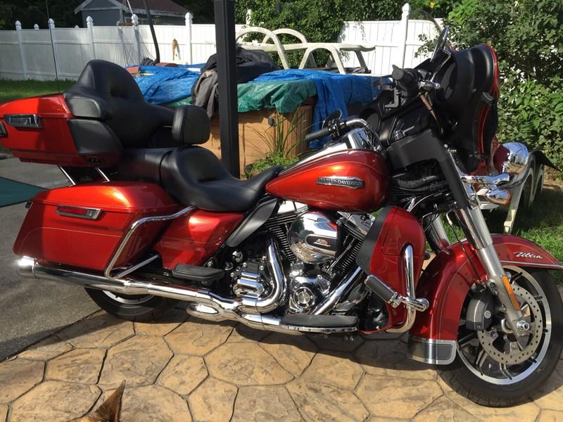 Photo of a 2014 Harley-Davidson® FLHTCU Ultra Classic® Electra Glide®