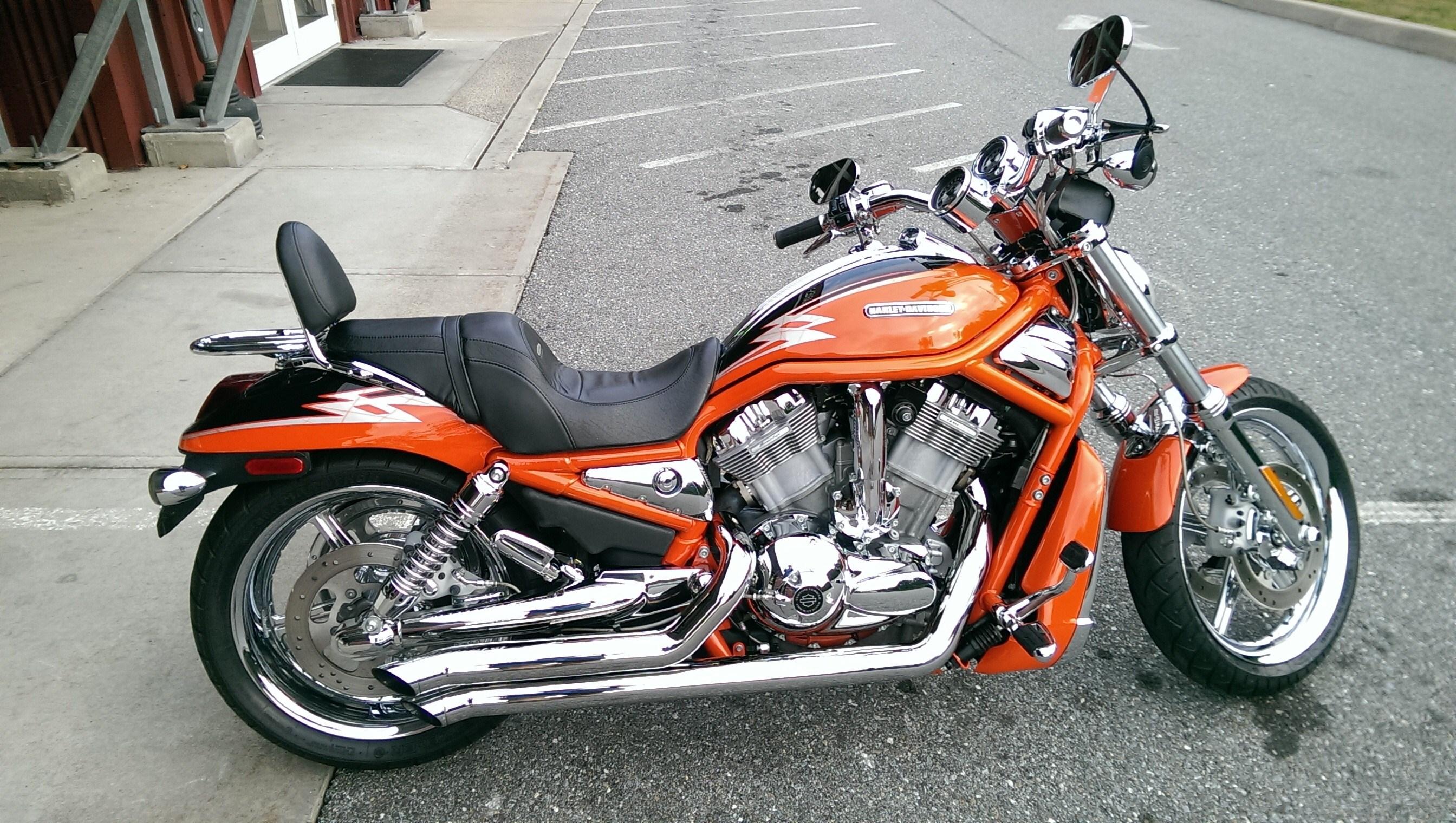 2005 Harley-Davidson® VRSCSE Screamin' Eagle® V-Rod ...