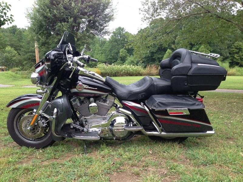 2006 Harley Davidson 174 Flhtcuse Screamin Eagle 174 Ultra