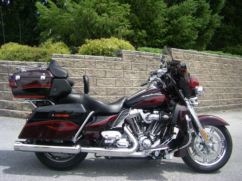 Cvo For Sale Pennsylvania >> 2013 Harley-Davidson® FLHTCUSE8 CVO™ Ultra Classic® Electra Glide® (Maroon/ B Diamond ...