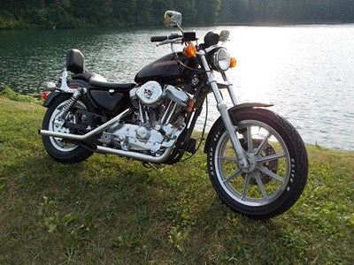 Photo of a 1995 Harley-Davidson® XLH-883 Sportster® 883