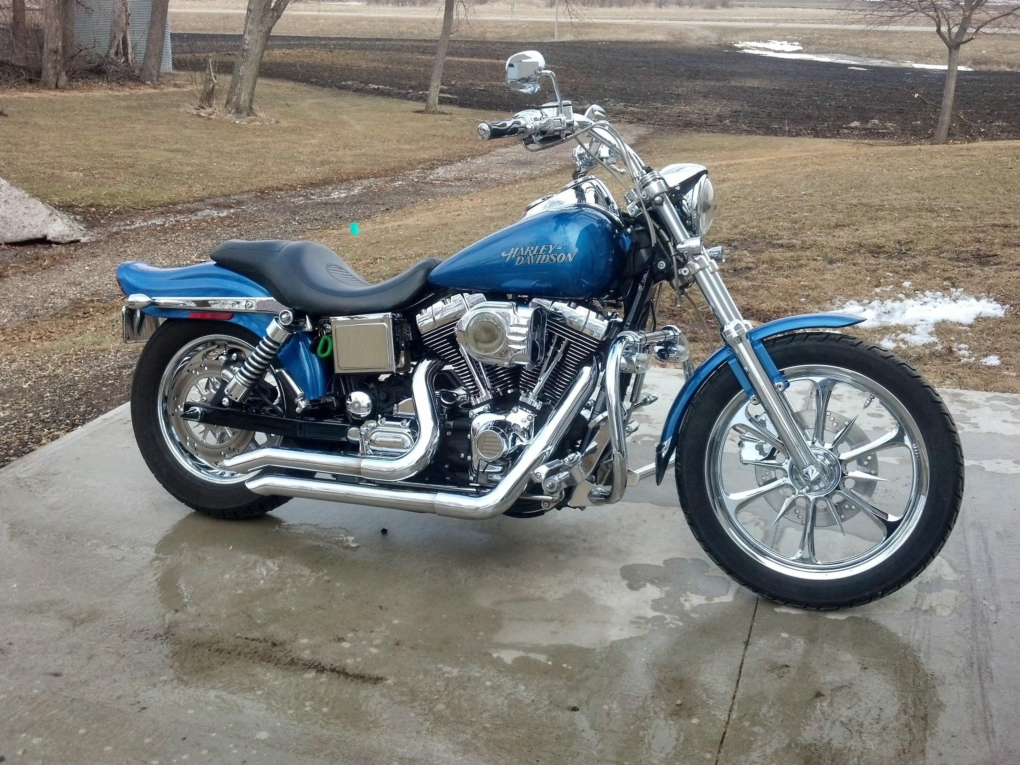 2005 Harley-Davidson® FXDL/I Dyna® Low Rider (Chopper Blue