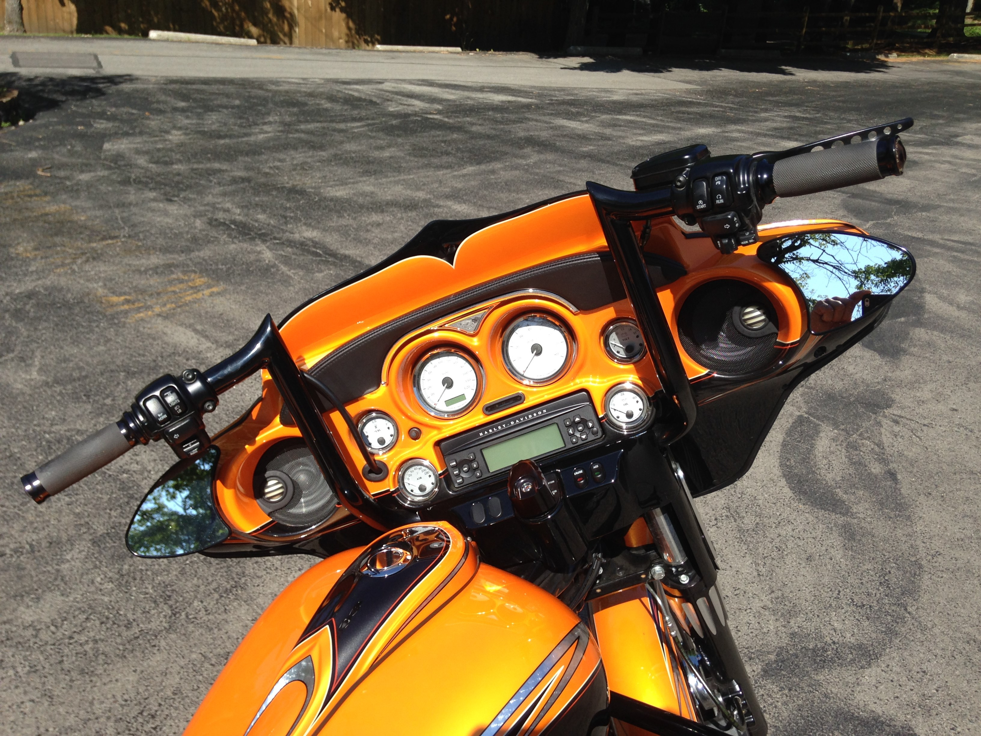 2011 Harley Davidson 174 Flhx Street Glide 174 Orange And Black