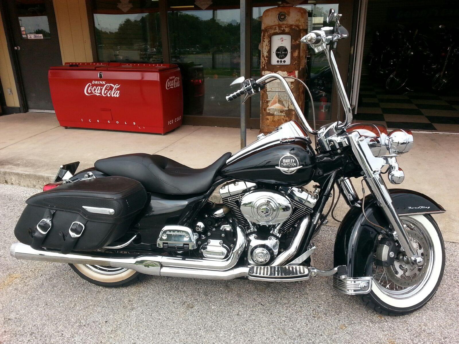 Used Tires Phoenix >> 2010 Harley-Davidson® FLHRC Road King® Classic (Metallic ...