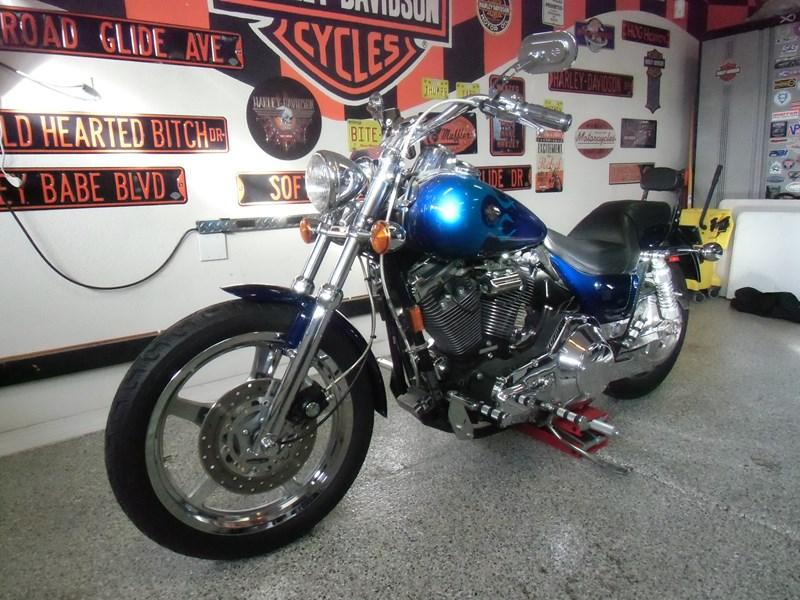 1999 Harley-Davidson® FXR3 Dyna® Super Glide® (Blue Flame ...