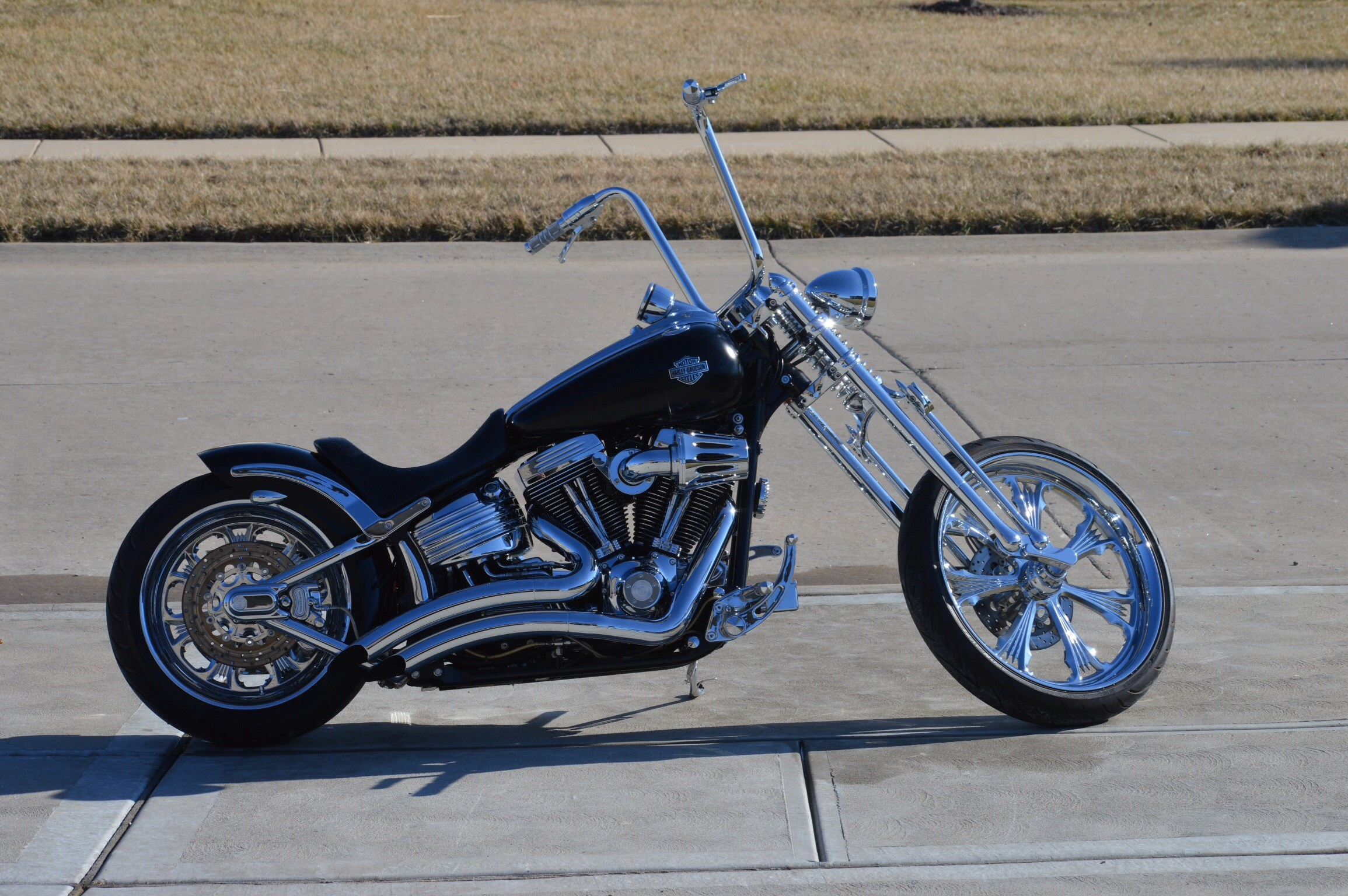 2008 harley davidson fxcwc softail rocker c matte black wentzville missouri 613979. Black Bedroom Furniture Sets. Home Design Ideas