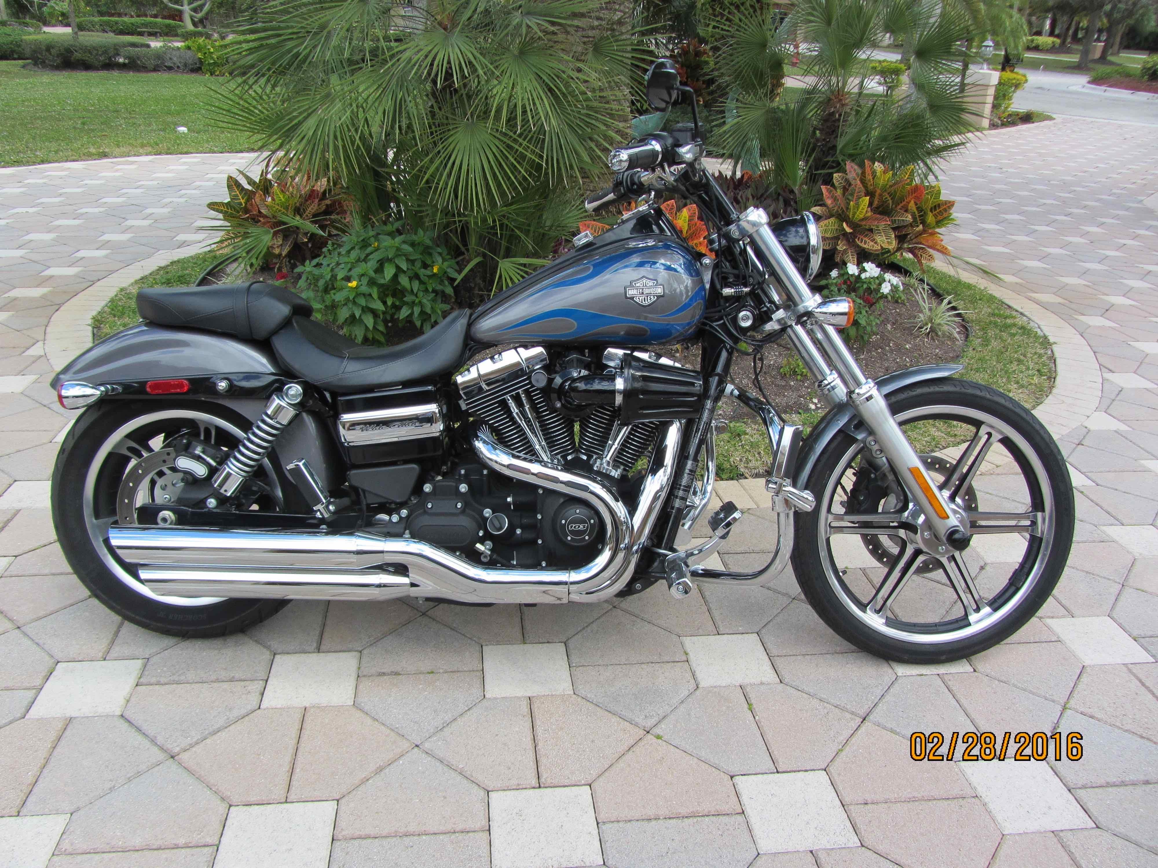 2014 Harley Davidson 174 Fxdwg Dyna 174 Wide Glide 174 Gray Pearl