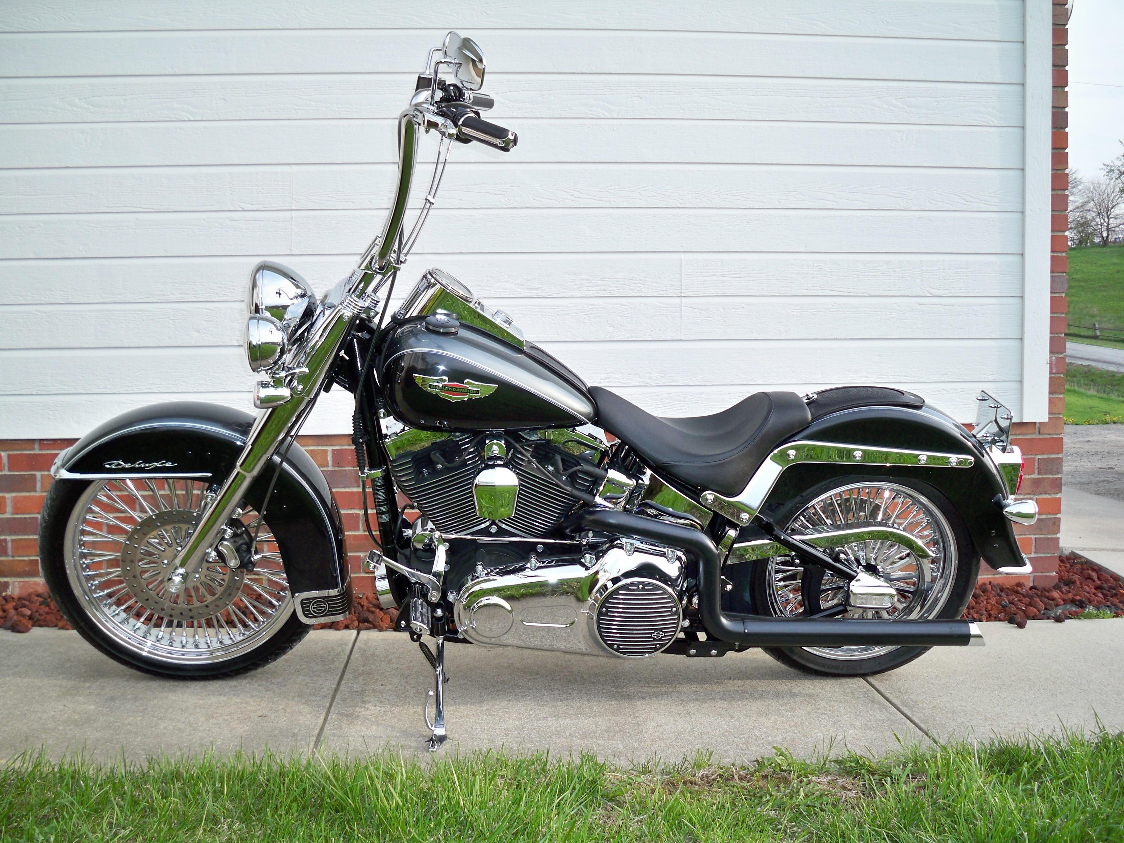 2011 Harley-Davidson® FLSTN Softail® Deluxe