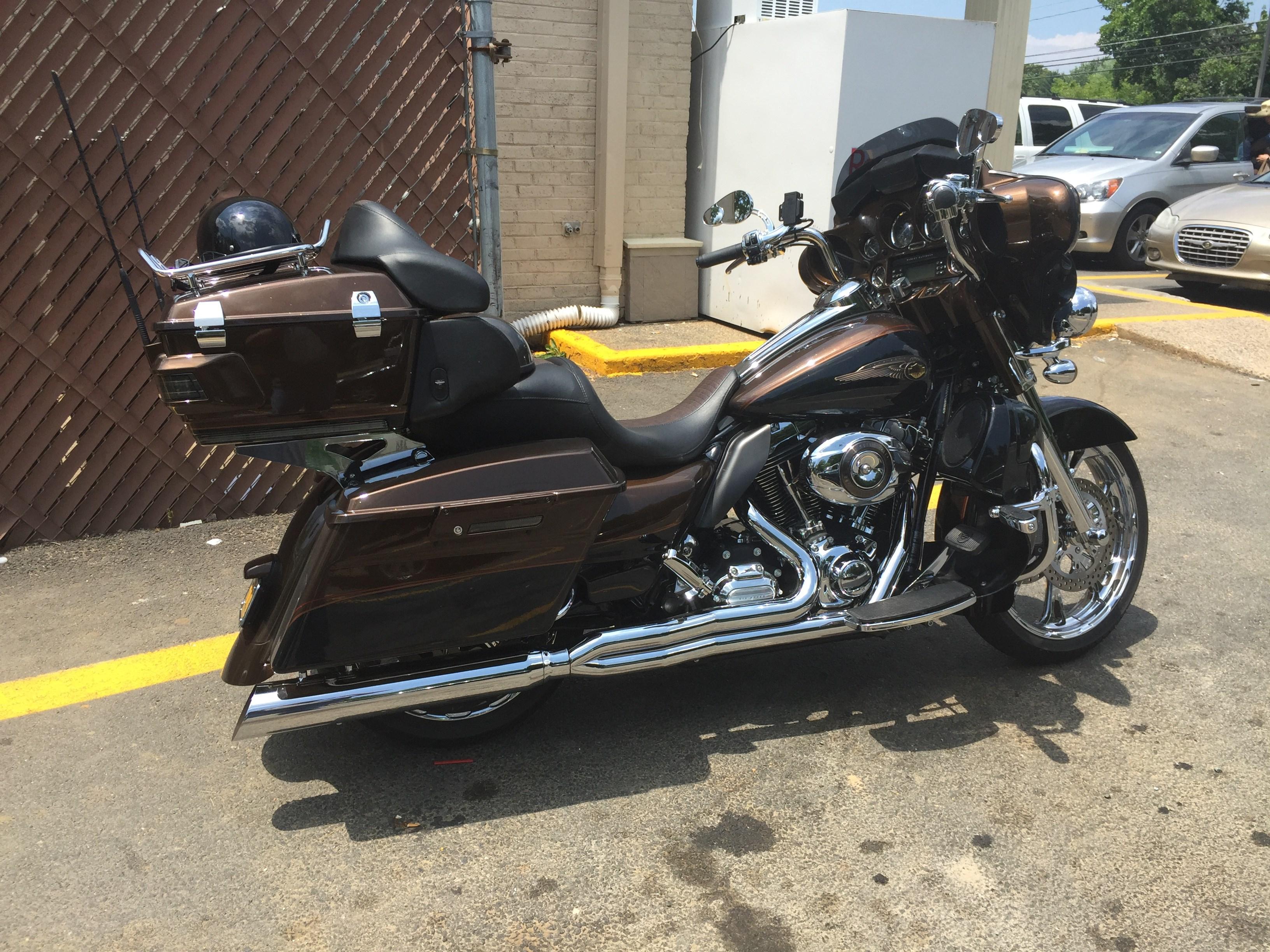 2013 Harley-Davidson® FLHTK-ANV Electra Glide® Ultra