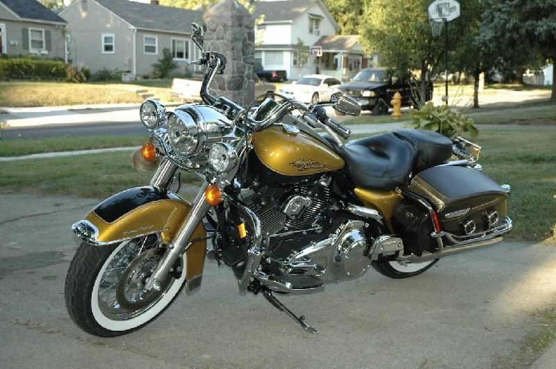Harley Davidson Lexington Ky >> 2008 Harley-Davidson® FLHRC/I Road King® Classic (Golden ...