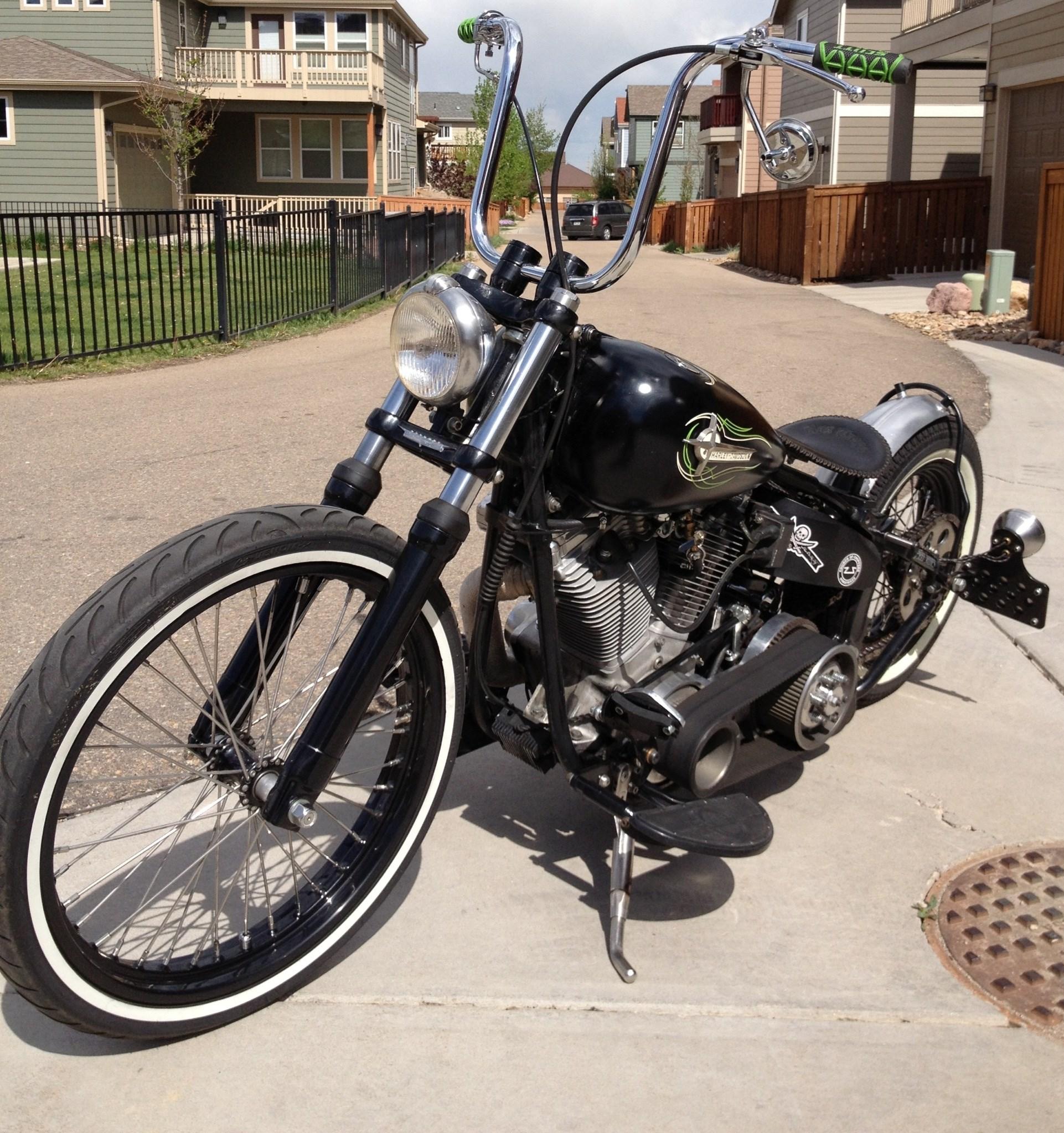 1986 Harley-Davidson® FLST Heritage Softail® (Black