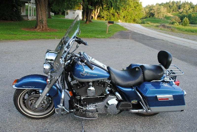 Harley Davidson Chico Ca >> 2005 Harley-Davidson® FLHRCI Road King® Classic (Blue & Silver), Mars Hill, North Carolina ...