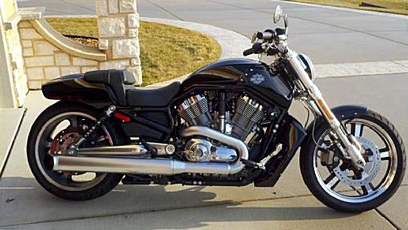 Harley Davidson: 2009 Harley-Davidson® VRSCF V-Rod® Muscle™ (Vivid Black