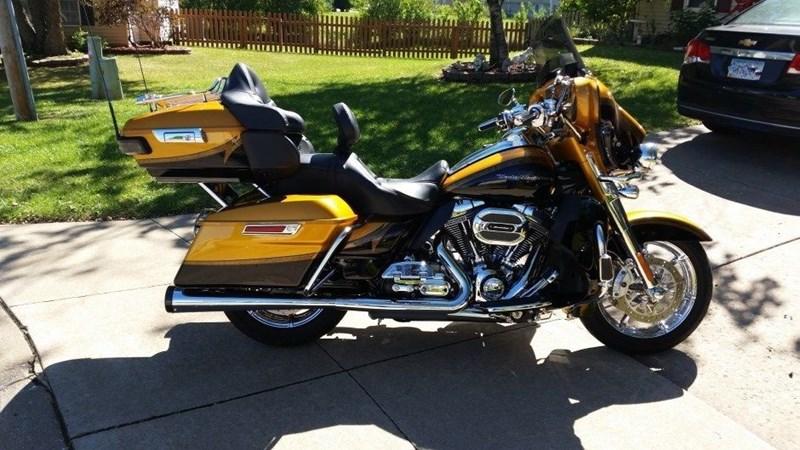 2015 Harley Davidson 174 Flhtkse Cvo Limited Two Tone Gold