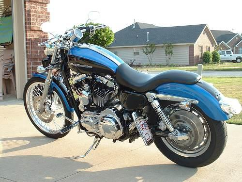 Harley Davidson: 2004 Harley-Davidson® XL1200C Sportster® 1200 Custom