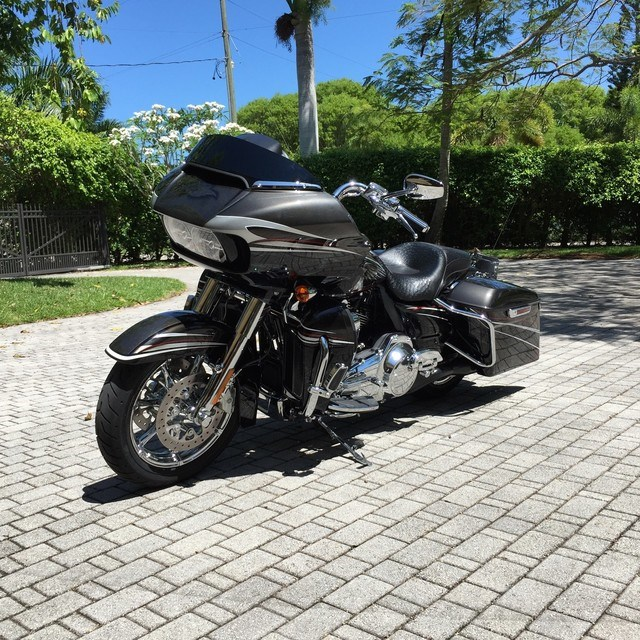 where can i find 2015 cvo road glide ultra for autos post. Black Bedroom Furniture Sets. Home Design Ideas