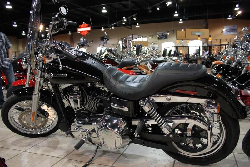 2012 Harley-Davidson® FXDC Dyna® Super Glide Custom (Black