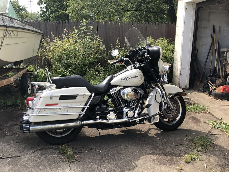 Photo of a 2005 Harley-Davidson® FLHTP/I Electra Glide® Police/Fire Rescue