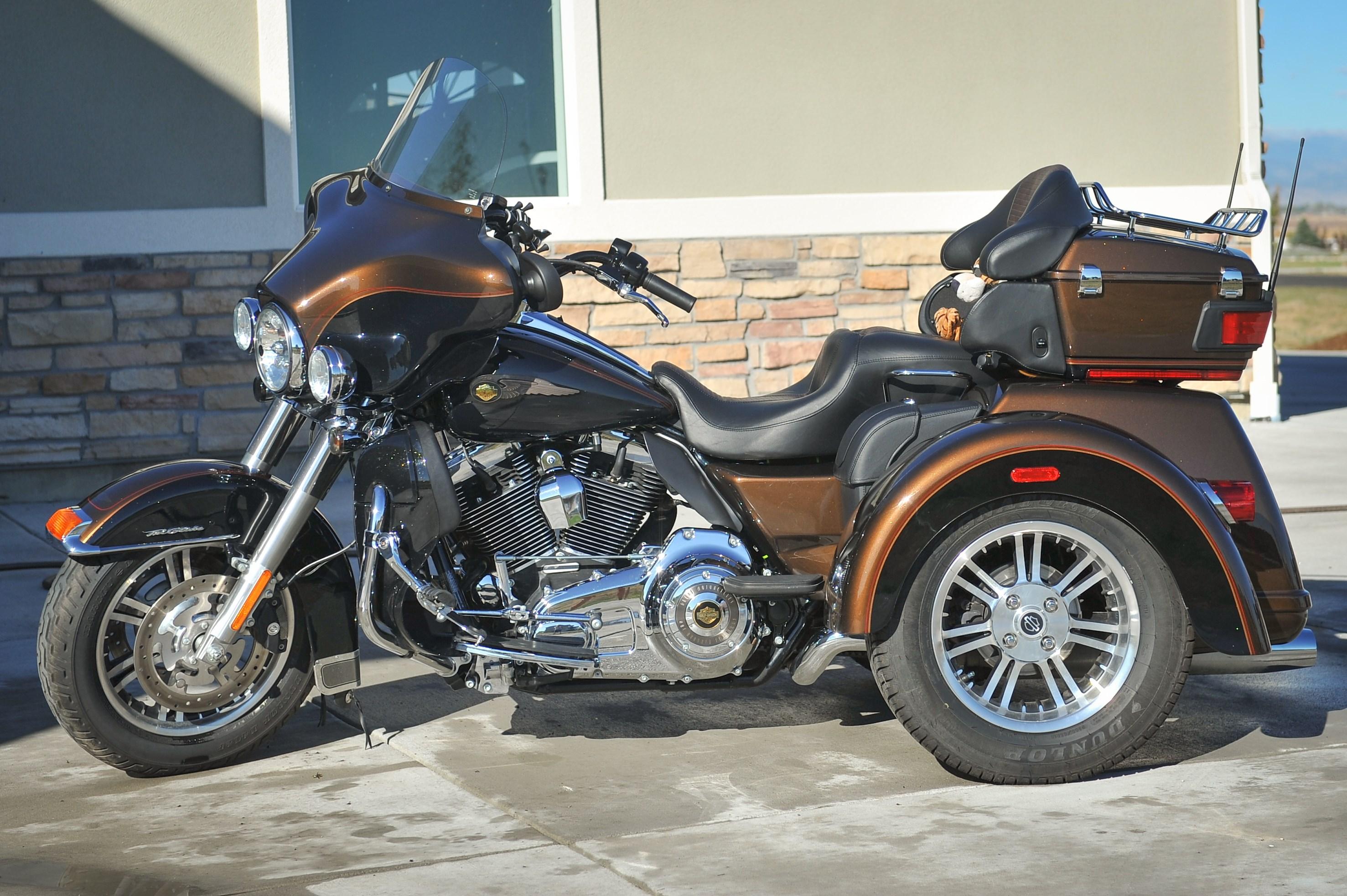 2013 Harley Davidson Flhtcutg Tri Glide Ultra Classic Review: 2013 Harley-Davidson® FLHTCUTAE Tri Glide™ Ultra Classic