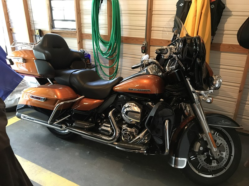 Photo of a 2015 Harley-Davidson® FLHTK Ultra Limited