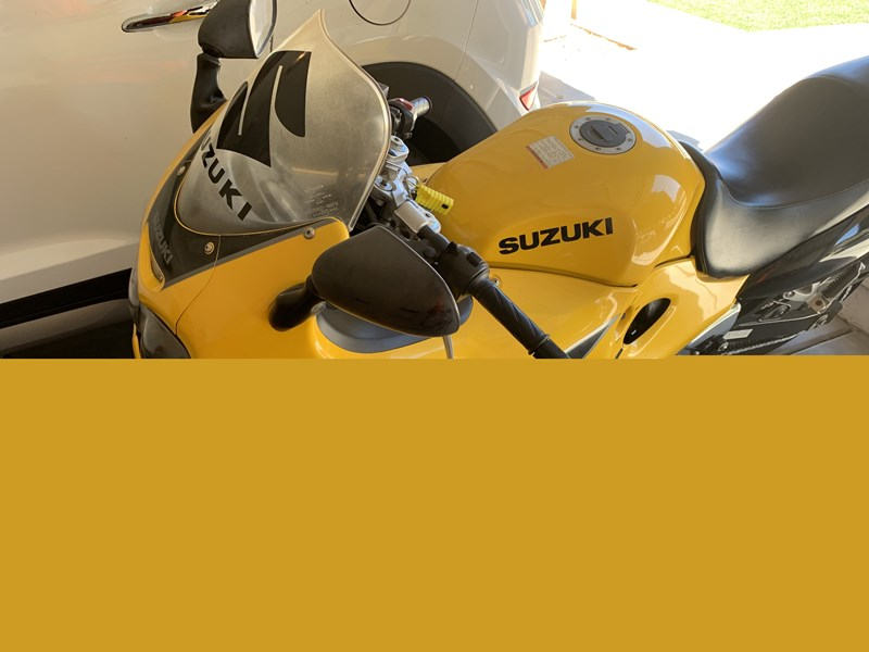 Photo of a 2003 Suzuki GSX600F Katana 600