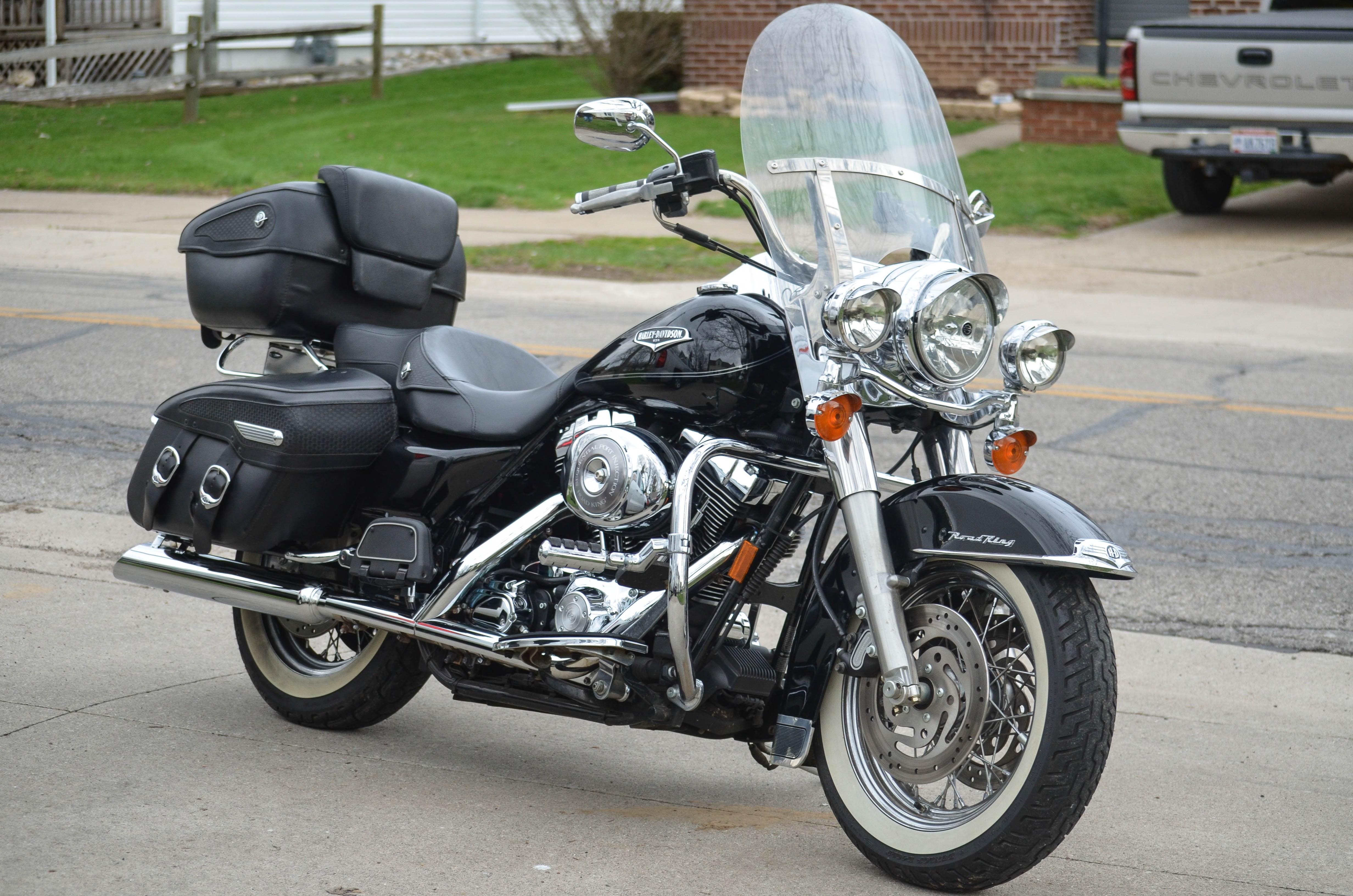 Harley Davidson Touring Motorcycles For Sale Dallas Tx >> 2005 Harley-Davidson® FLHRCI Road King® Classic (Black), Napoleon, Ohio (709480) | ChopperExchange