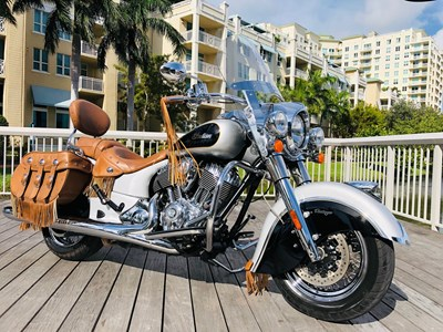 Used 2016 Indian® Motorcycle Chief® Vintage