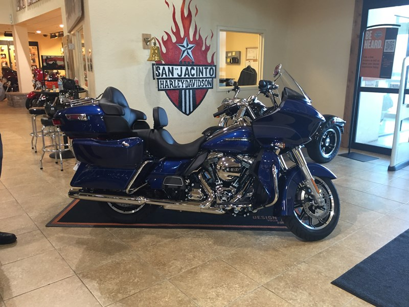 Photo of a 2016 Harley-Davidson® FLTRU Road Glide® Ultra