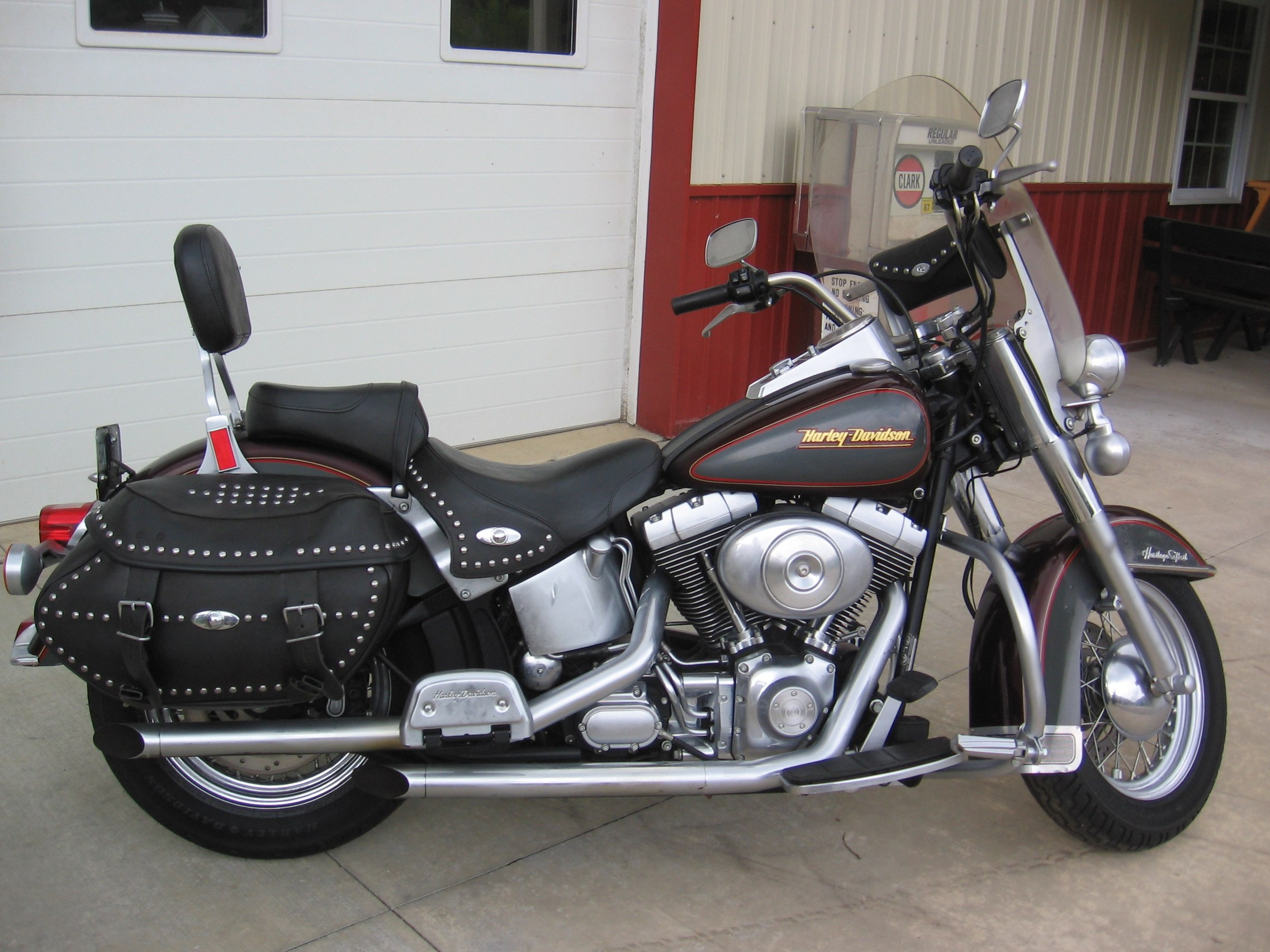 harley davidson heritage softail for sale 1 734 bikes. Black Bedroom Furniture Sets. Home Design Ideas