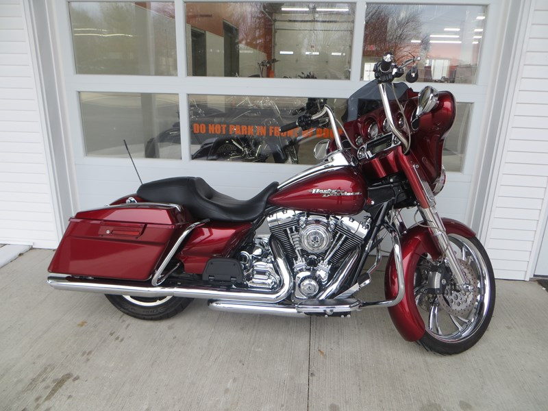 Photo of a 2009 Harley-Davidson® FLHX Street Glide®