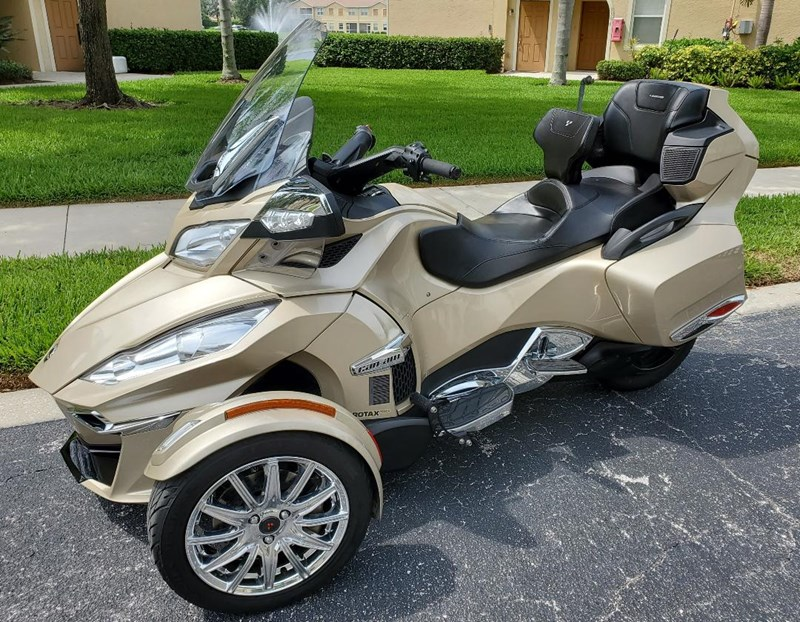 Photo of a 2018 Can-Am  Spyder RT Limited SE6