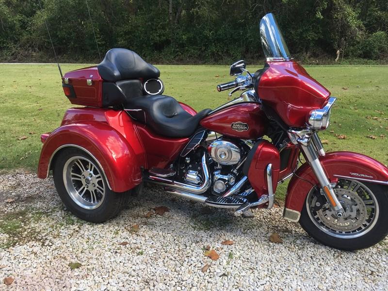 Photo of a 2013 Harley-Davidson® FLHTCUTG Tri Glide™ Ultra Classic®