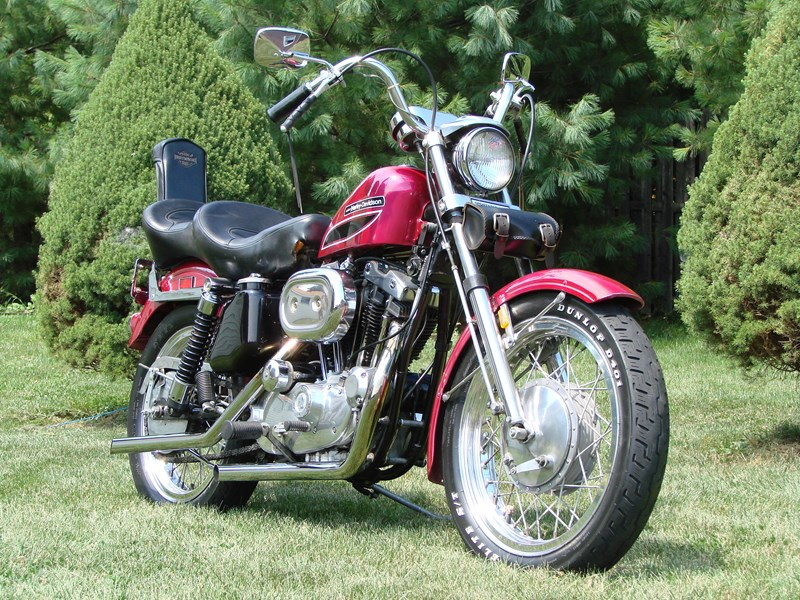 Photo of a 1972 Harley-Davidson® XLH-1000 Sportster® 1000