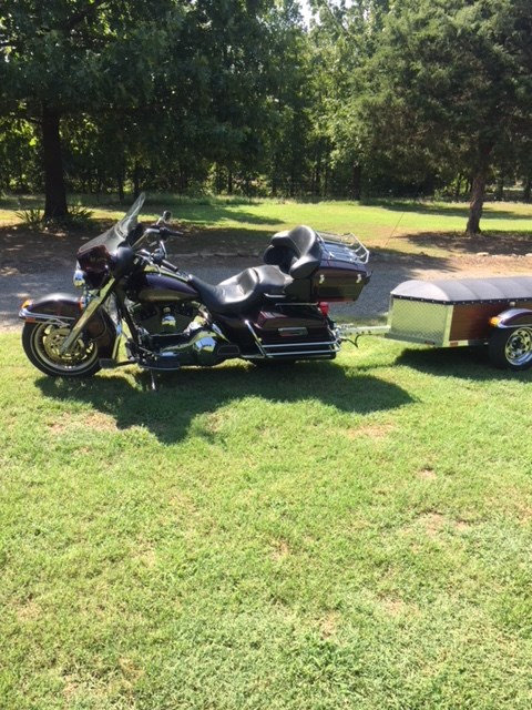 Photo of a 2005 Harley-Davidson® FLHTC/I Electra Glide® Classic