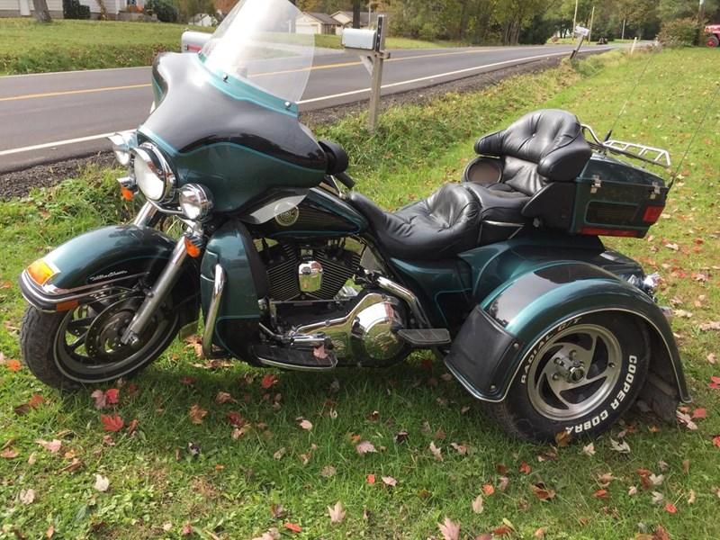 Photo of a 2000 Harley-Davidson®  Custom Trike