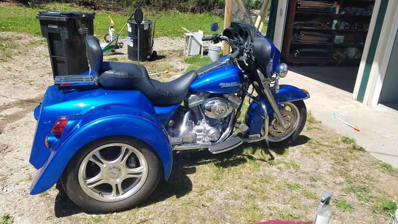 Photo of a 2007 Harley-Davidson® FLHT Electra Glide® Standard