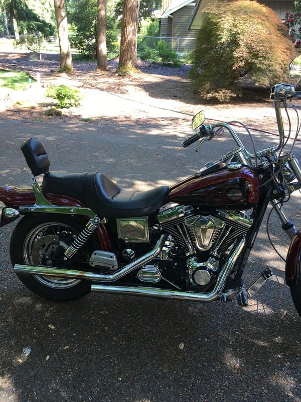 Photo of a 2002 Harley-Davidson® FXDWG Dyna Wide Glide®