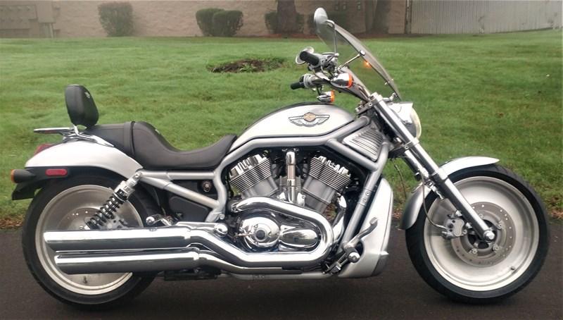 Photo of a 2003 Harley-Davidson® VRSCA-ANV V-Rod® Anniversary
