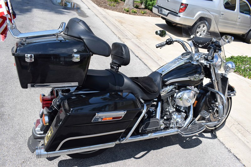Photo of a 2003 Harley-Davidson® FLHR/I-ANV Road King® Anniversary