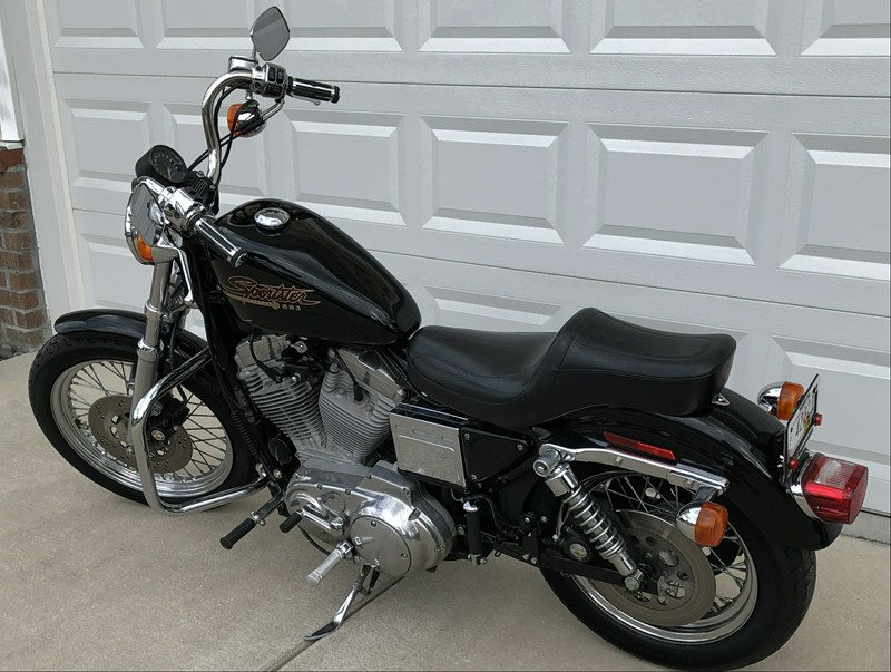 Photo of a 1999 Harley-Davidson® XL883H Sportster® 883 Hugger®