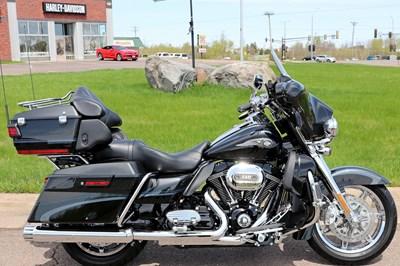 New 2013 Harley-Davidson® CVO™ Ultra Classic® Electra Glide® 110th Anv. Ed.