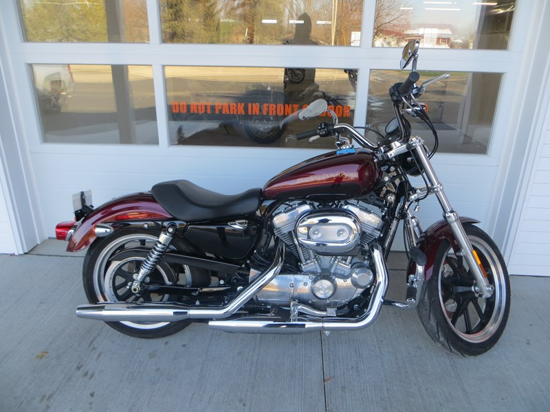 Photo of a 2015 Harley-Davidson® XL883L Sportster® SuperLow®