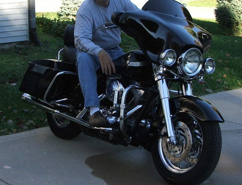Photo of a 2003 Harley-Davidson® FLHT/I-ANV Electra Glide® Anniversary