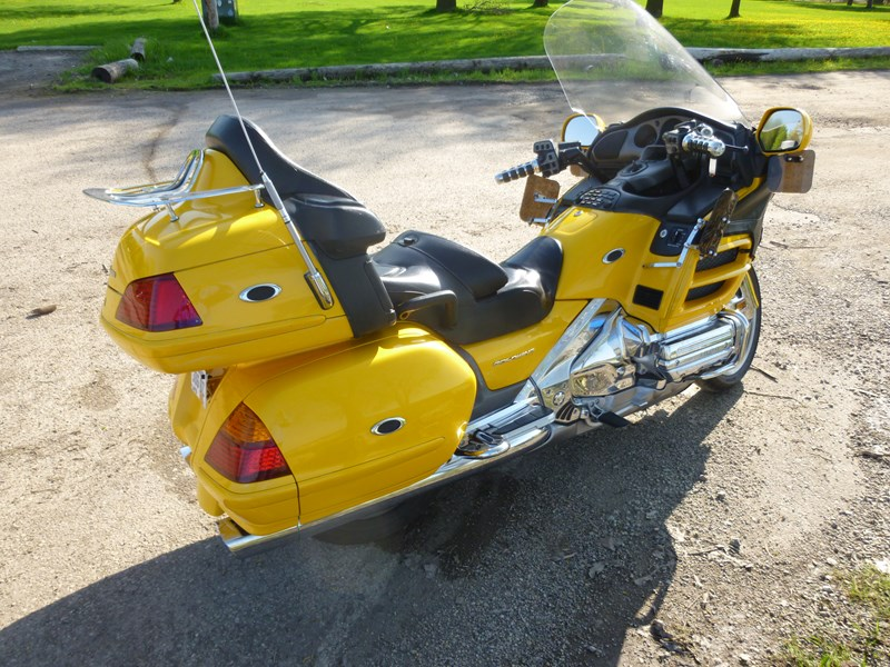 Photo of a 2003 Honda® GL1800A Gold Wing ABS