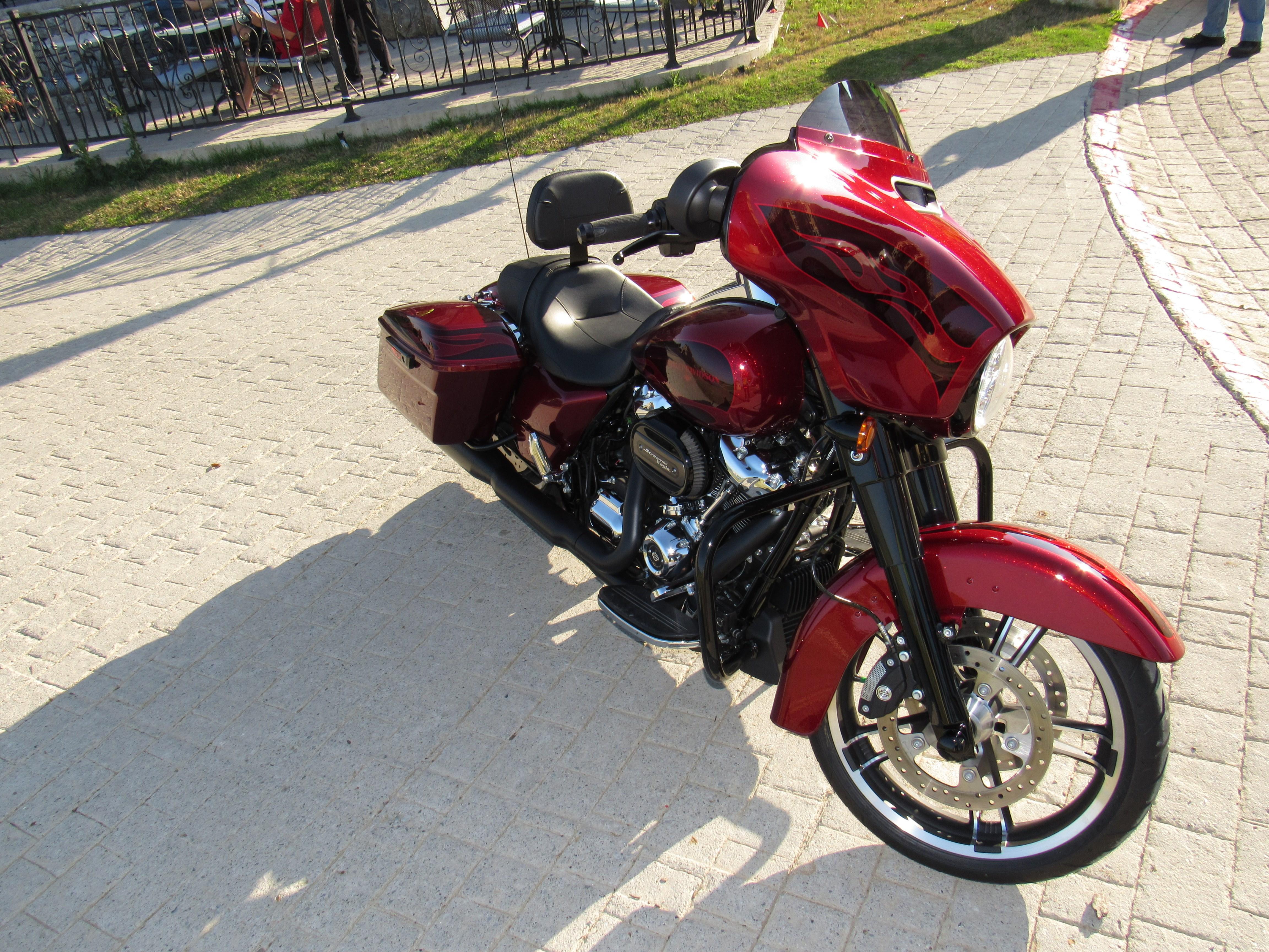 2017 Harley-Davidson® FLHXS Street Glide® Special (Hard ...