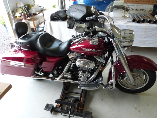 Photo of a 2004 Harley-Davidson® FLHR/I Road King®