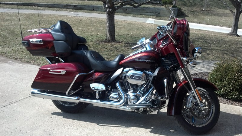 Photo of a 2014 Harley-Davidson® FLHTCUSE CVO™ Ultra Classic® Electra Glide®