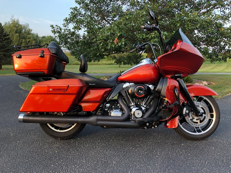 Photo of a 2011 Harley-Davidson® FLTRX Road Glide® Custom